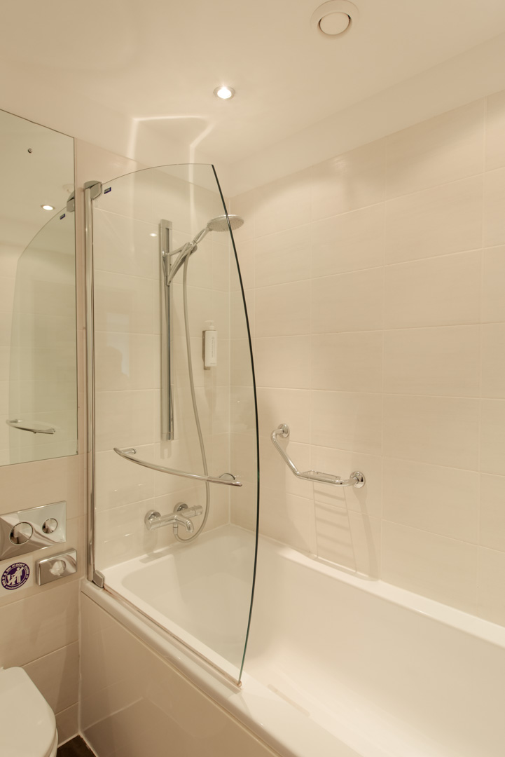 PREMIER SUITES Manchester bathroom and shower